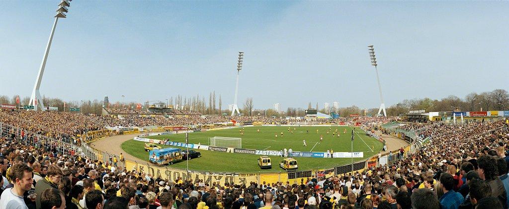 Rudolf-Harbig-Stadion, Dresden